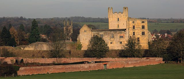helmsley_castle_yorkshire